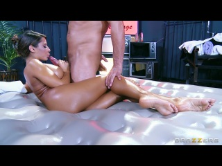 Naughty Nuru – Madison Ivy & Toni Ribas (Dirty Masseur)